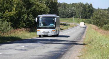 Izmaiņas autobusu maršrutos autoceļa A12 rekonstrukcijas darbu dēļ