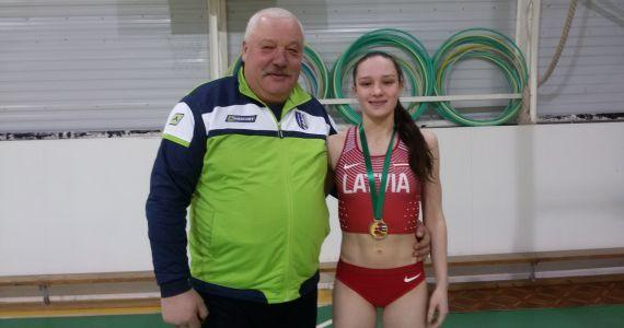 Kārsaviete I.Ločmele izcīna uzvaru Baltijas valstu jauniešu sacensībās vieglatlētikā telpās