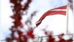 Latvija svin savu simto dzimšanas dienu!