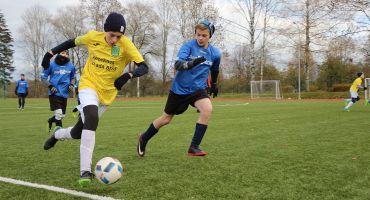 Aicinām bērnus un jauniešus uz bezmaksas futbola nodarbībām