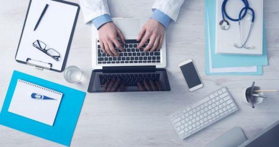 No janvāra darbnespējas lapas un kompensējamo zāļu receptes izrakstīs tikai elektroniski