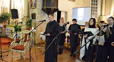 """Piemiņas koncerts priesterim Jāzepam Aglonietim """"Dzeivys staceja"""""""