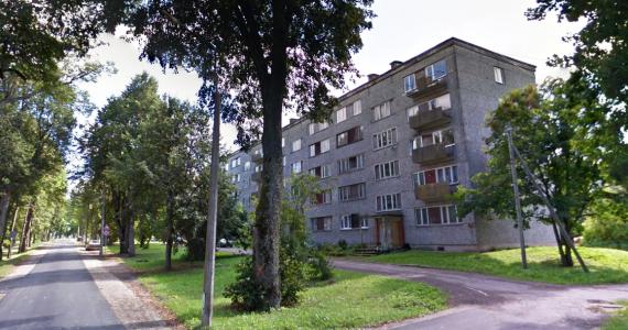 Kārsava novada pašvaldība izsola 2 dzīvokļus Malnavas ciemā