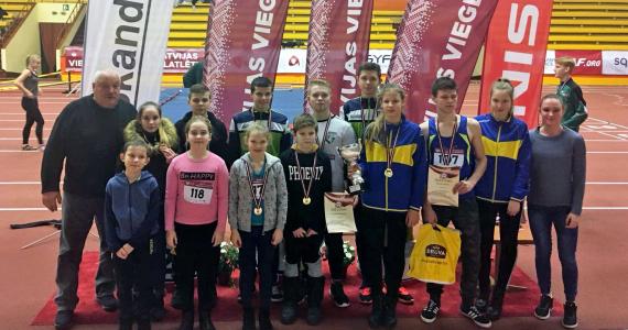 Kārsaviešu sasniegumi Latvijas čempionātā soļošanā telpās