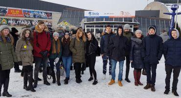 """Kārsavas vidusskolas skolēni apmeklē izstādi """"Skola 2018"""" Ķīpsalā"""