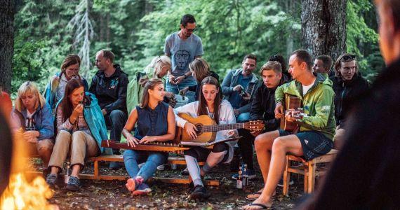 21.jūnijā Latvijas iedzīvotāji apies apkārt Latvijai un pulcēsies pie ugunskuriem Latvijas pierobežā