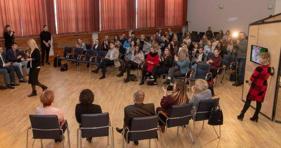 Daugavpilī Latgales jauniešu diskusijā ar politiķiem izstrādāti ieteikumi Latgales reģiona attīstības stratēģijai