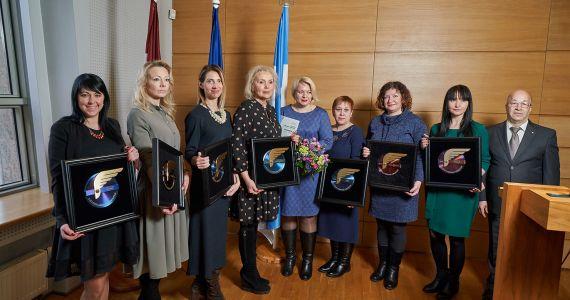 Latvijas mērogā nozares balva LLT - ekvivalents Oskara saņemšanai kino industrijā vai Grammy šovbiznesā