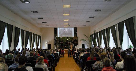 """Iniciatīva """"Latvijas skolas soma"""" turpinās"""