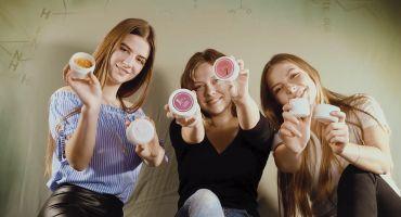"""Ilgtspējīgi produkti un ekoloģiskas idejas: noskaidroti Swedbank konkursa """"Biznesa skices"""" finālisti"""