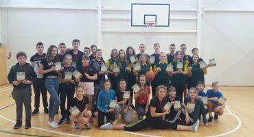 Starpnovadu sacensības basketbolā pamatskolu grupā zēniem un meitenēm
