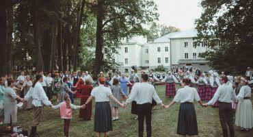 Bozovas etnogrāfiskā ansambļa 40.dzimšanas dienas sadziedāšanās